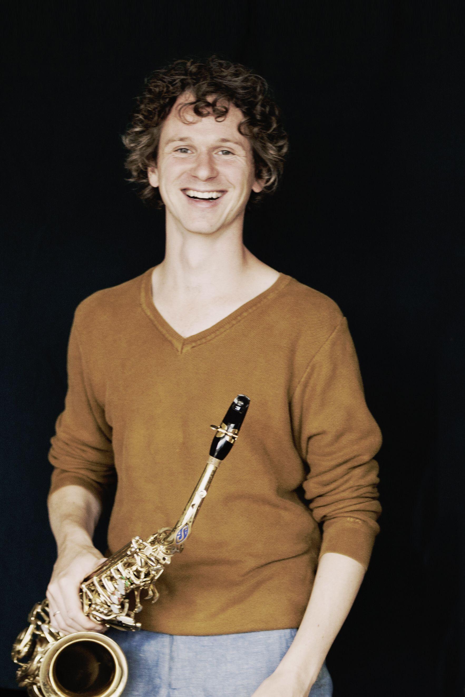 Peter Vigh